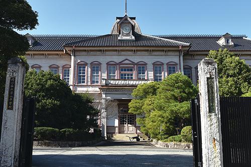 岡山県立津山高等学校